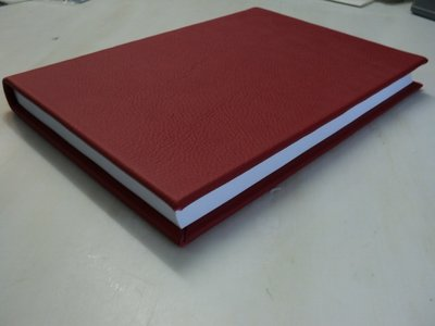 Rood lederen dummy boek