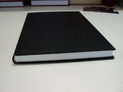 A4 zwart linnen boek
