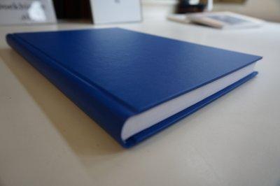 blauwe linnen dummy a4